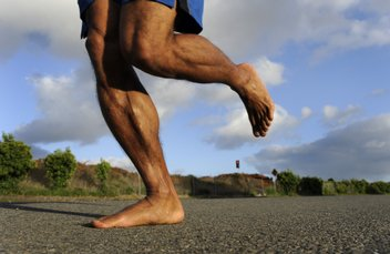 West Hollywood chiropractor barefoot running